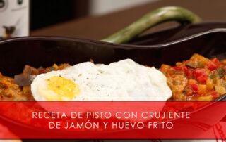 receta de pisto con crujiente de jamón y huevo frito - La Casa del Jamón